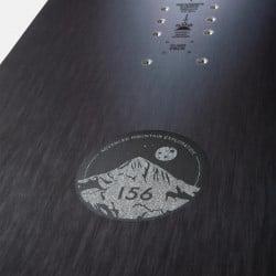 Jones Men's Stratos snowboard close up detail