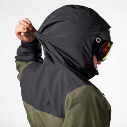 Tri-pull adjustable hood